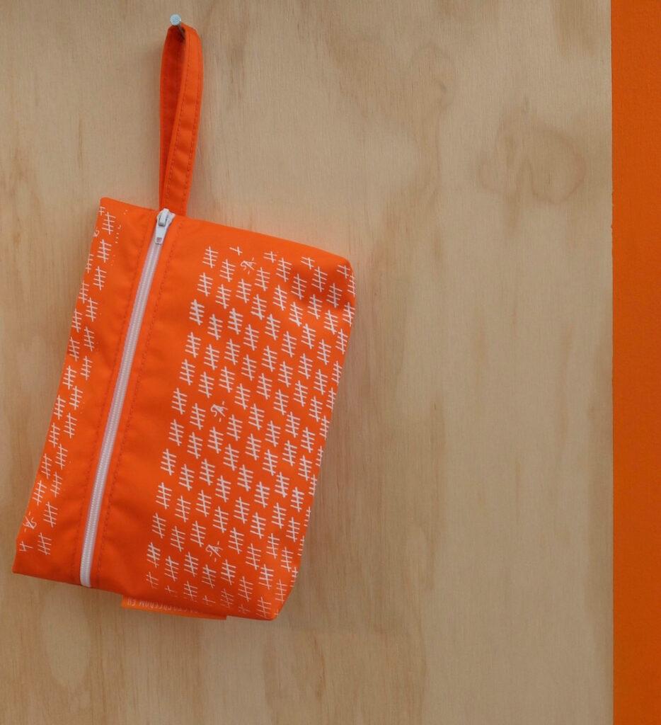 Shop in bag. Social Design door Bags to Freedom.