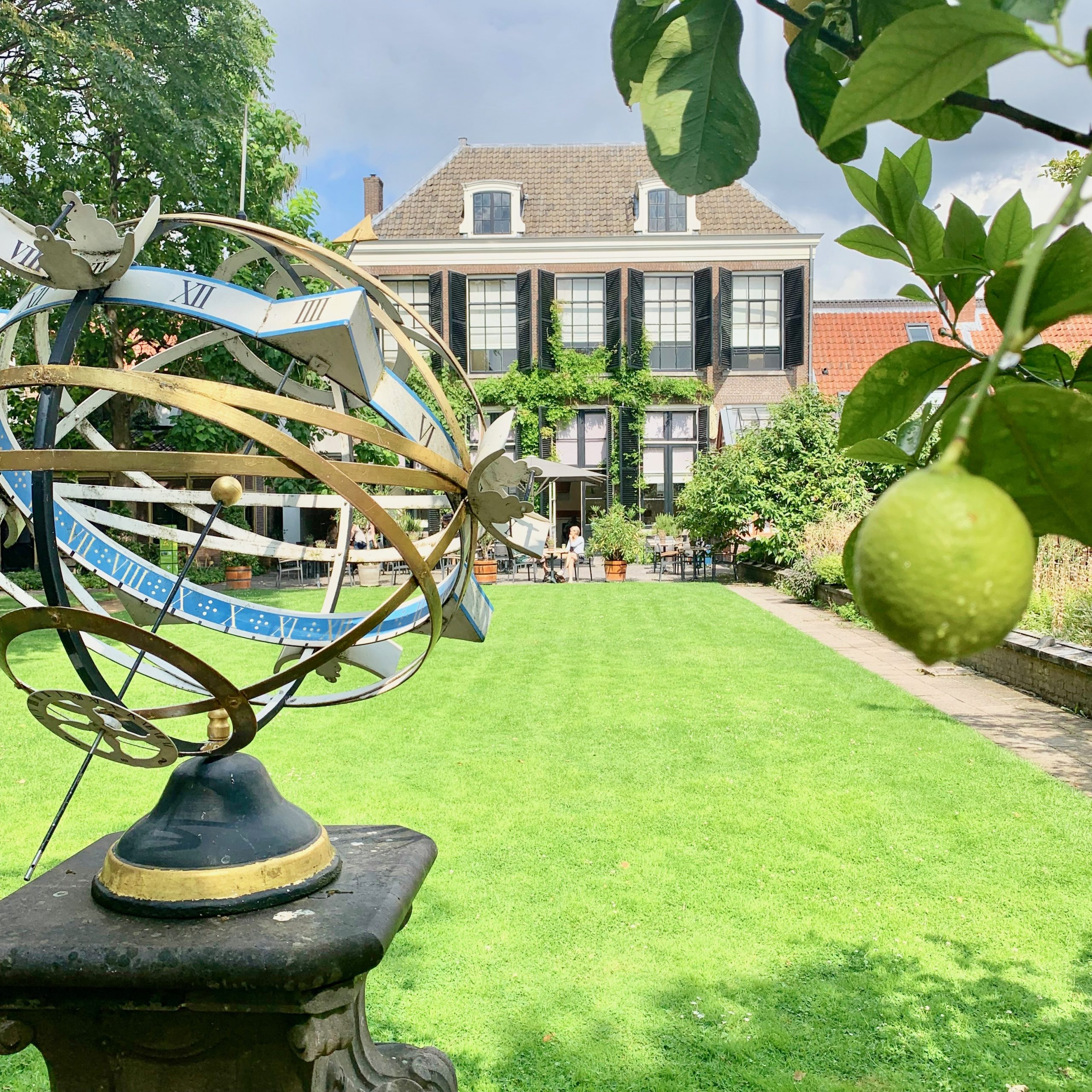Universiteitsmuseum Utrecht Advies winkellay-out en winkelinrichting